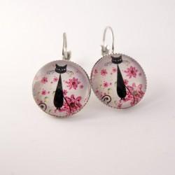 Boucles d'oreille chat : chat noir et fleurs roses