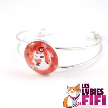 Bracelet chat : chat et son petit coeur