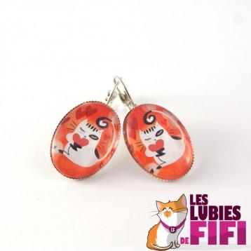 Boucle d'oreille chat : Chat et son petit coeur