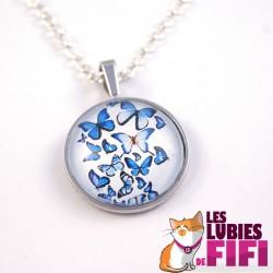 Collier papillon : papillons bleus