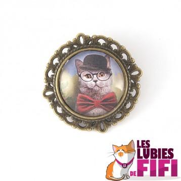Broche chat : chat gris et son chapeau noir