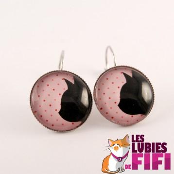 Boucles d'oreille chat : profil chat noir sur fond rose