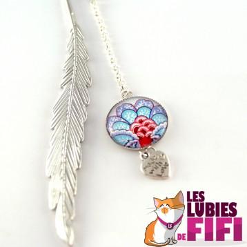 Marque-page fleurs : camélia d'automne multicolore