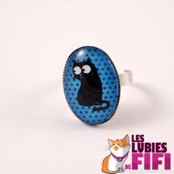 Bague chat : chat noir sur fond bleu
