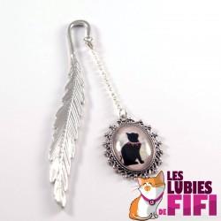 Marque-page chat : chat noir et son collier de perles
