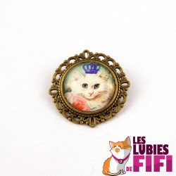 Broche chat : chat blanc et sa couronne