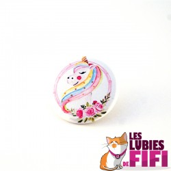 Badge licorne : Licorne arc-en-ciel