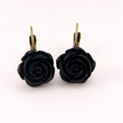 Boucles d'oreille fleurs : fleurs noires