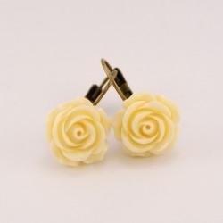 Boucles d'oreille fleurs : fleurs beiges