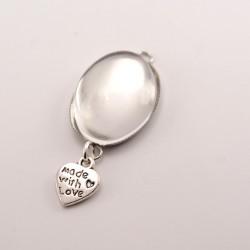 Collier personnalisé ovale argenté avec breloque coeur