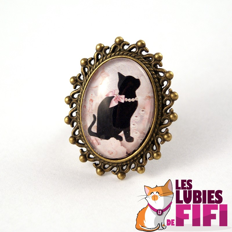Bague chat : Chat noir et son collier de perles bronze